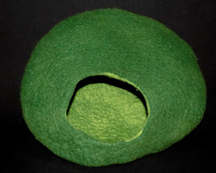 Katzenhöhle grün